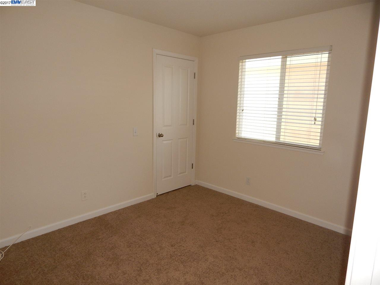 Additional photo for property listing at 1436 Summerwind Lane  Manteca, カリフォルニア 95337 アメリカ合衆国