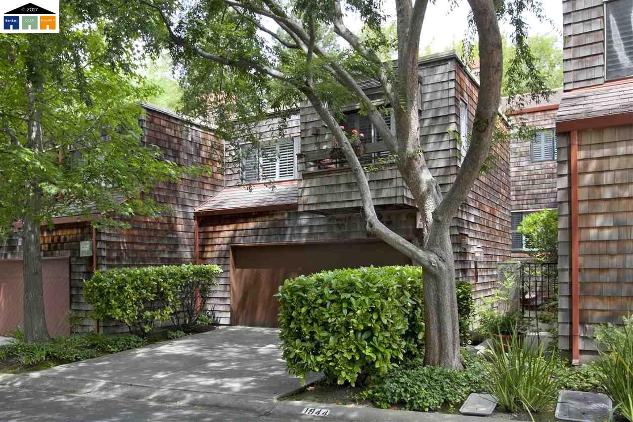 Casa unifamiliar adosada (Townhouse) por un Venta en 1944 Everidge Court Walnut Creek, California 94597 Estados Unidos