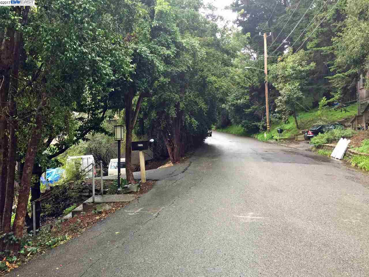 Additional photo for property listing at 6754 Aitken Drive  Oakland, Californie 94611 États-Unis