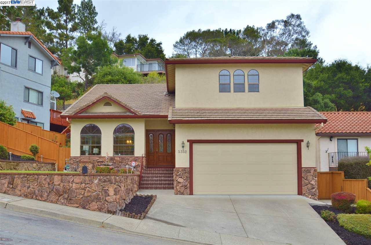 Single Family Home for Sale at 5352 Camino Alta Mira Castro Valley, California 94546 United States