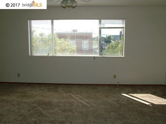 Additional photo for property listing at 1124 Sutter Street  Vallejo, 加利福尼亞州 94590 美國