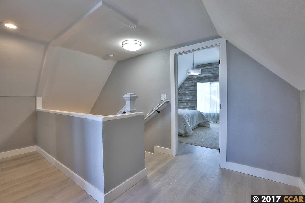 Additional photo for property listing at 44 Holloway  San Francisco, California 94112 United States