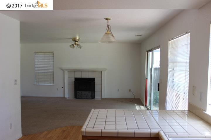 Additional photo for property listing at 4200 Northwood Court  Oakley, Californie 94561 États-Unis