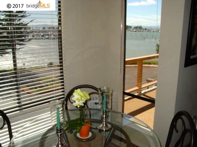 Additional photo for property listing at 6 Admiral Drive  Emeryville, California 94608 United States