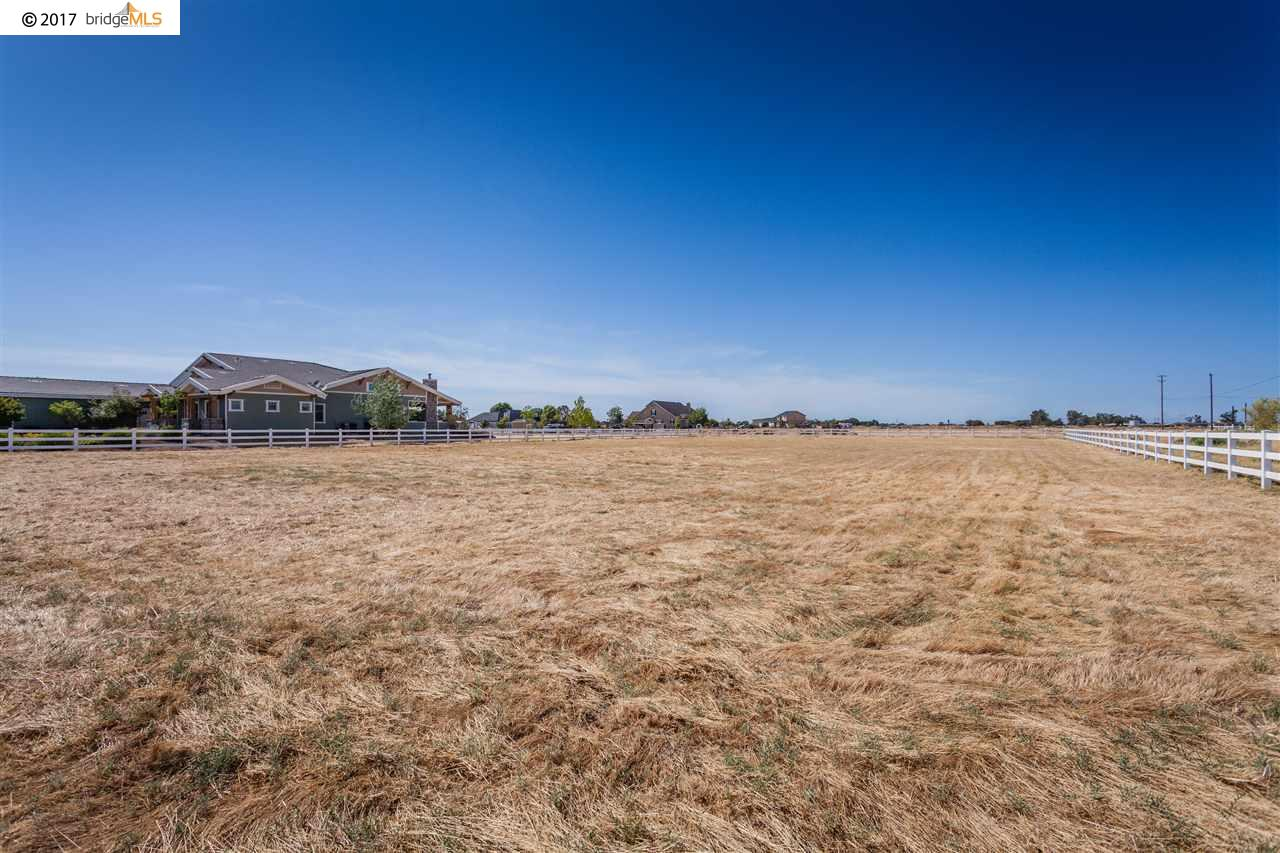 Additional photo for property listing at 3995 Camino Diablo  Byron, California 94514 United States