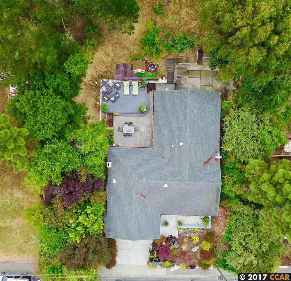 Single Family Home for Sale at 160 Rolph Park Drive Crockett, California 94525 United States
