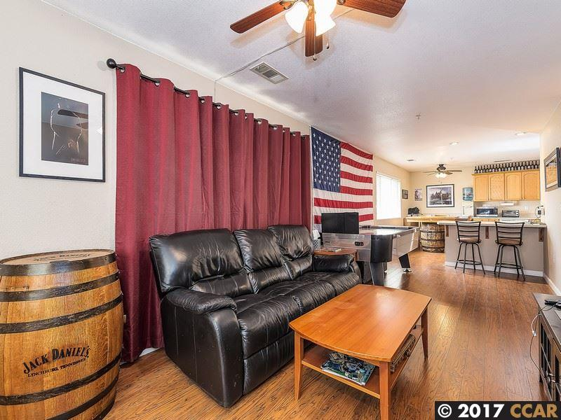 Additional photo for property listing at 1894 Elm Street  Livermore, California 94551 United States