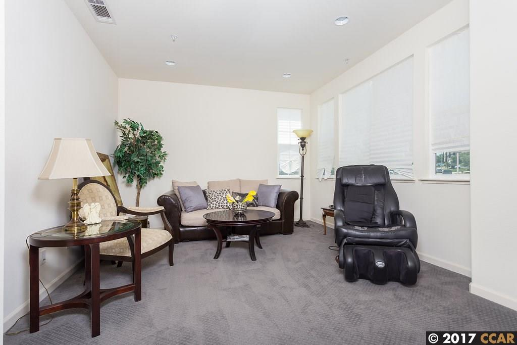 Additional photo for property listing at 4605 Hidden Glen Drive  Antioch, カリフォルニア 94531 アメリカ合衆国