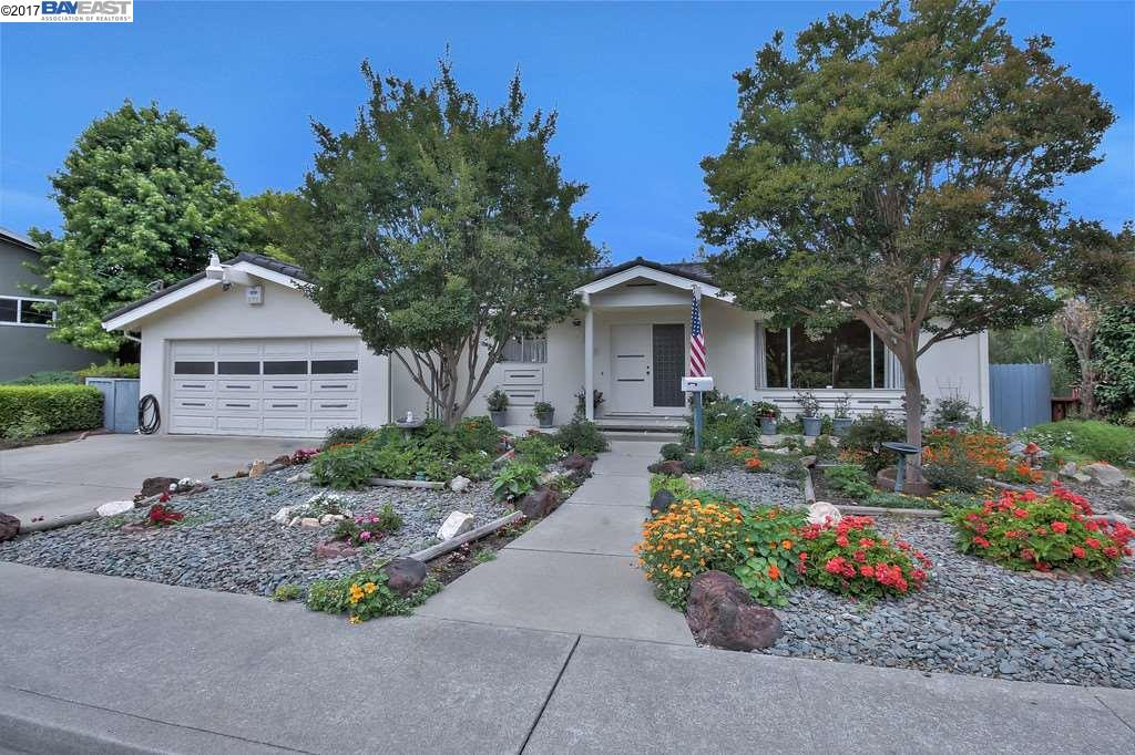 Single Family Home for Sale at 18902 Heidi Street Castro Valley, California 94546 United States