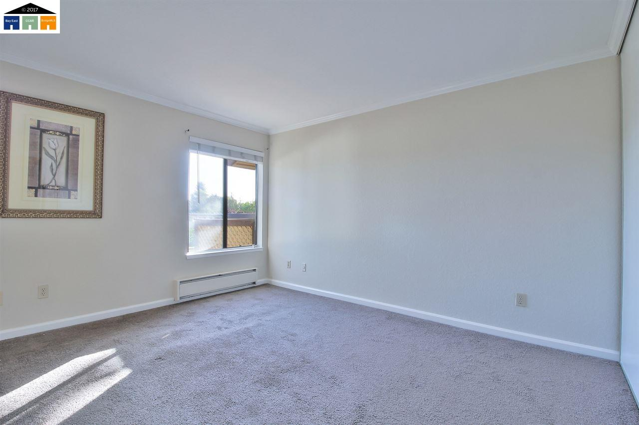 Additional photo for property listing at 3300 Wolcott Cmn  Fremont, California 94538 United States