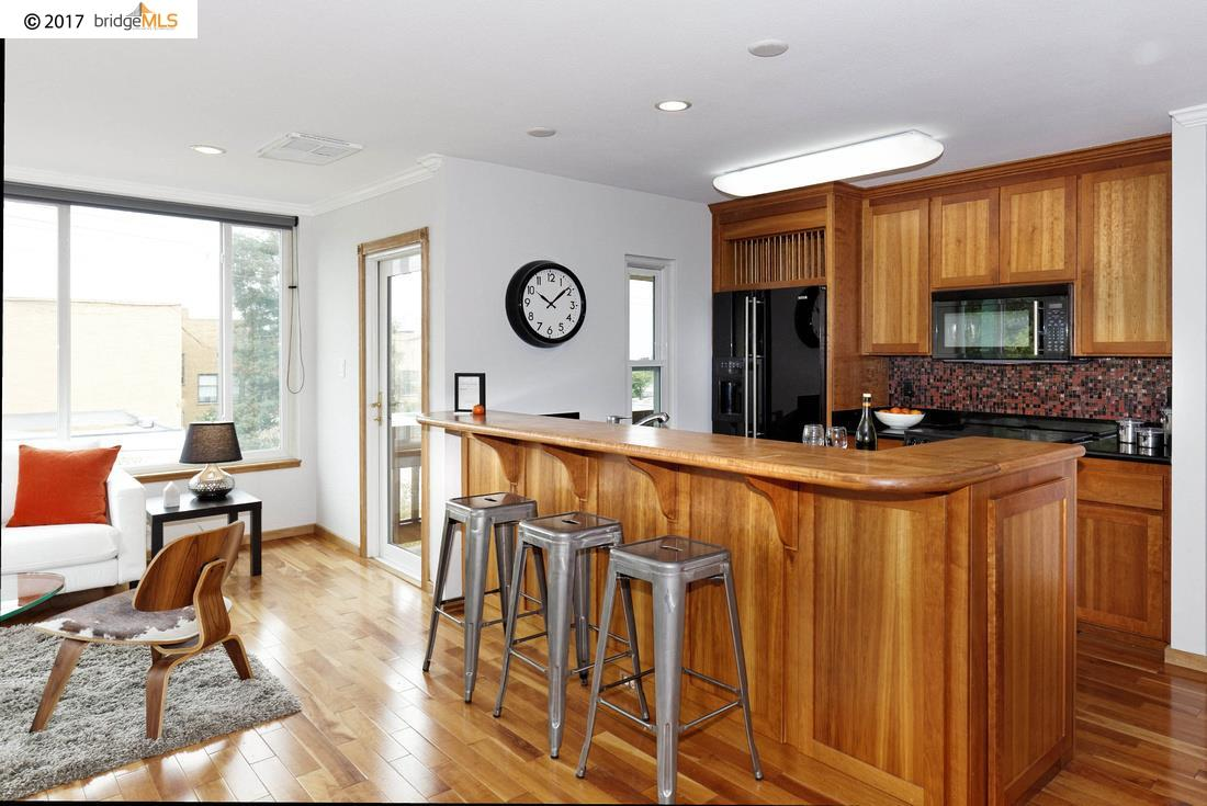 Additional photo for property listing at 2201 Virginia Street  Berkeley, Californie 94709 États-Unis
