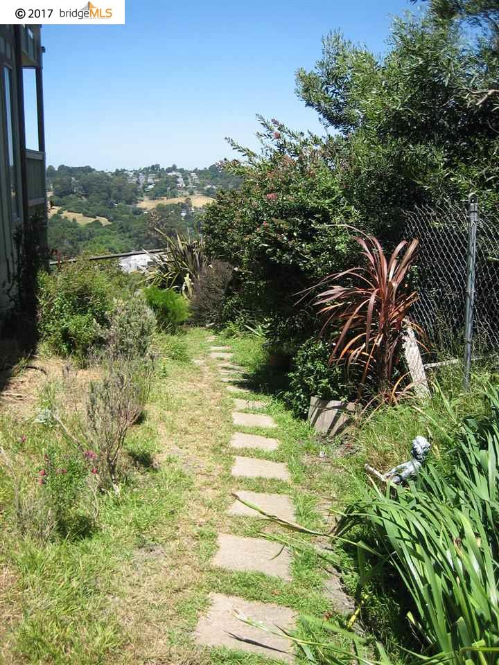 Additional photo for property listing at 57 Quail Hill Lane  Richmond, Kalifornien 94803 Vereinigte Staaten