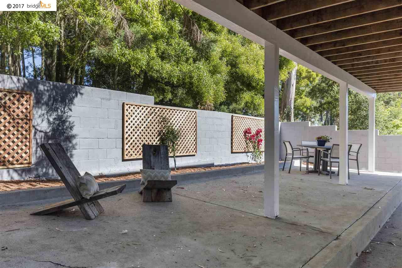 Additional photo for property listing at 2642 Arlington  El Cerrito, California 94530 Estados Unidos