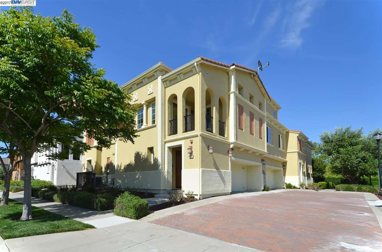 共管物業 為 出售 在 2811 Quarryhill Avenue Livermore, 加利福尼亞州 94551 美國