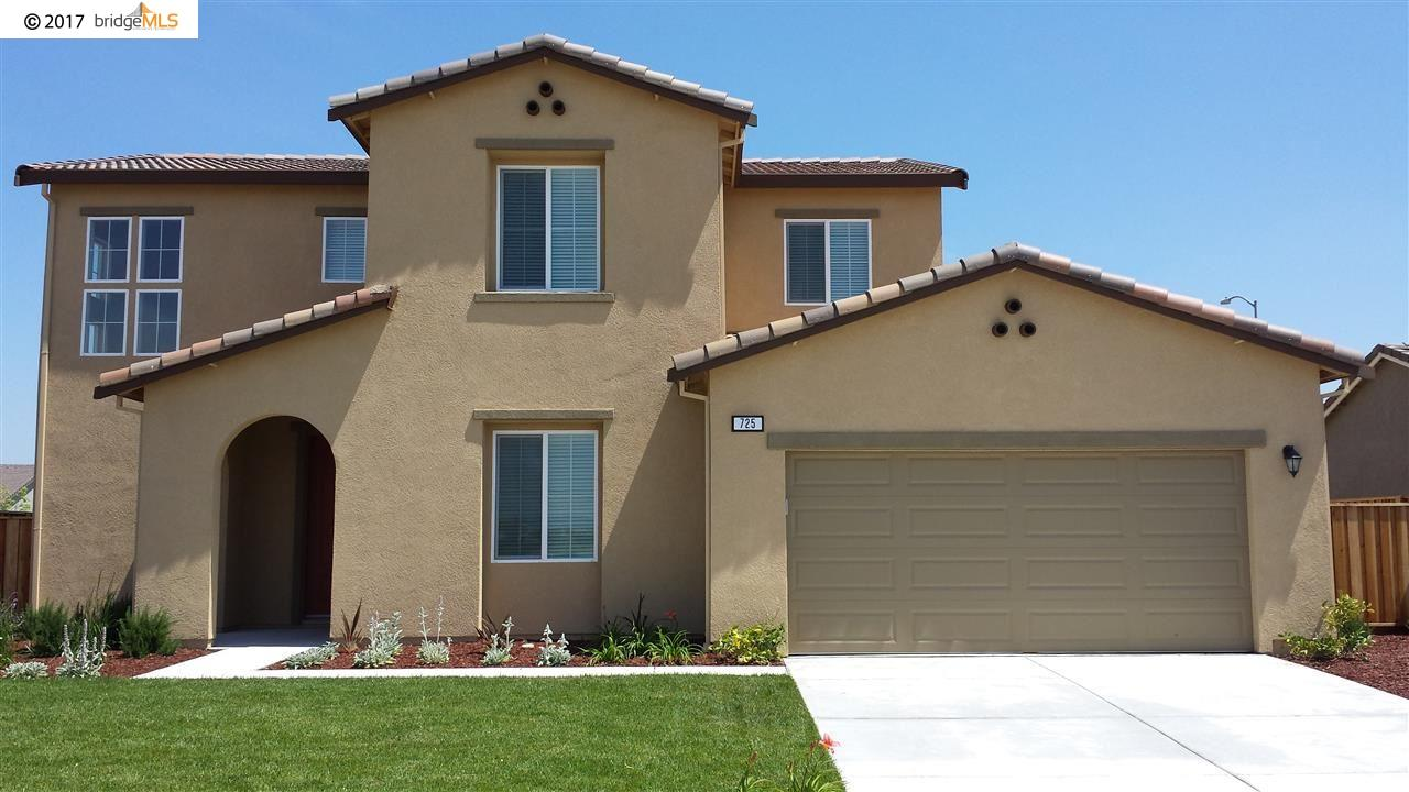 Casa Unifamiliar por un Alquiler en 725 KINEO Court Oakley, California 94561 Estados Unidos