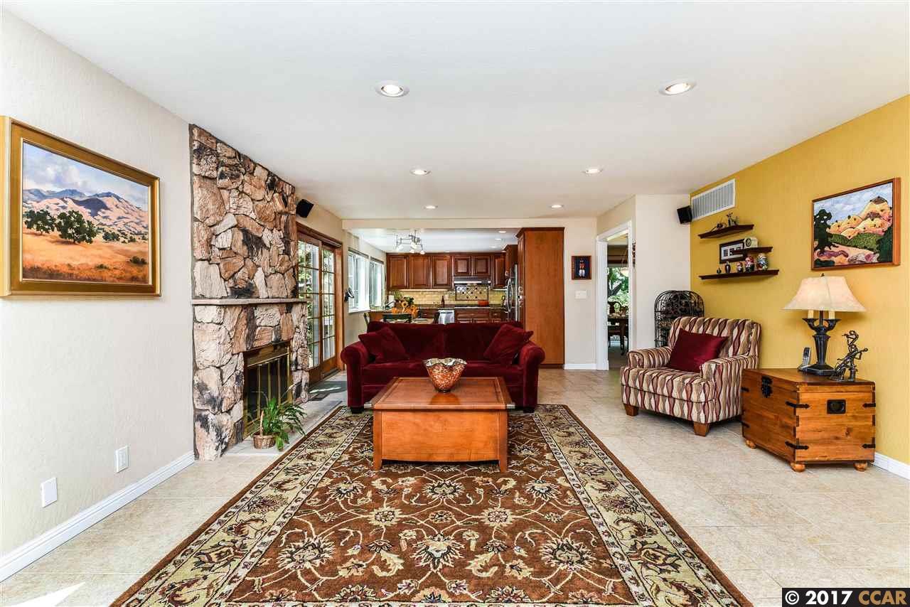 Additional photo for property listing at 2401 Exbourne Court  Walnut Creek, California 94596 Estados Unidos
