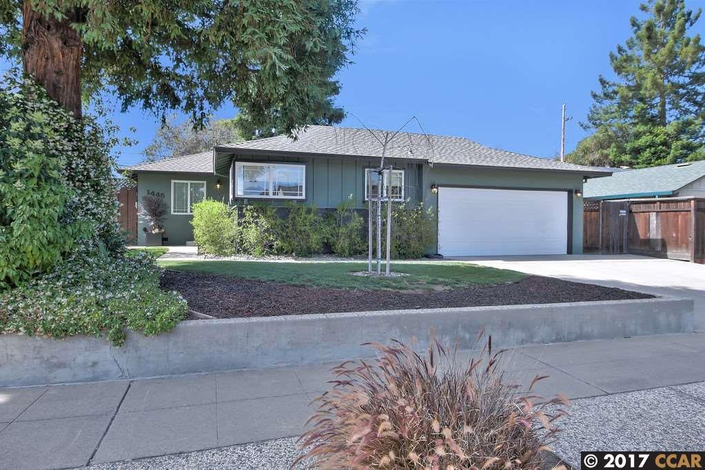獨棟家庭住宅 為 出售 在 1445 Dentwood Drive San Jose, 加利福尼亞州 95118 美國