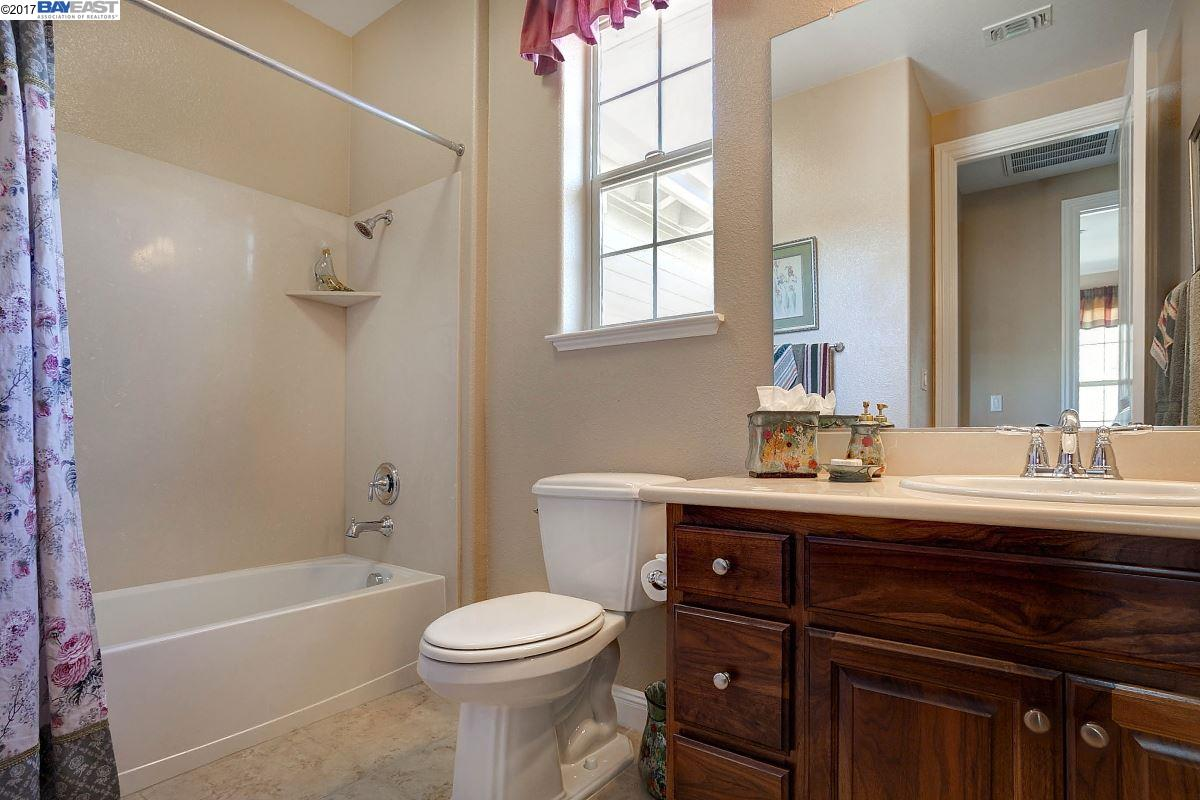 Additional photo for property listing at 7679 Ridgeline Drive  Dublin, California 94568 United States