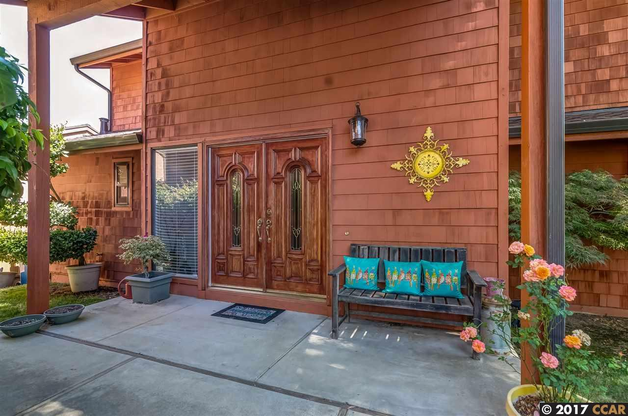Additional photo for property listing at 55 Portsmouth Circle  Pleasant Hill, California 94523 Estados Unidos