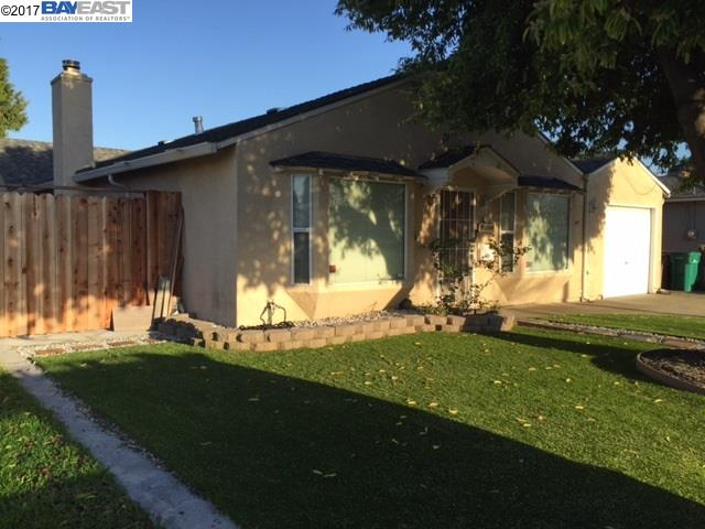 Single Family Home for Sale at 17228 Via Estrella San Lorenzo, California 94580 United States