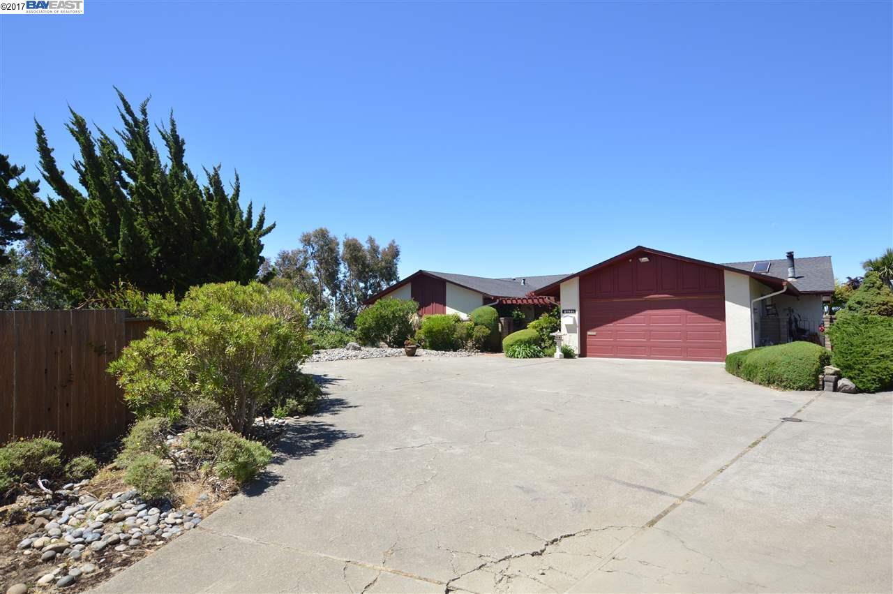 27941 El Portal Drive, HAYWARD HILLS, CA 94542