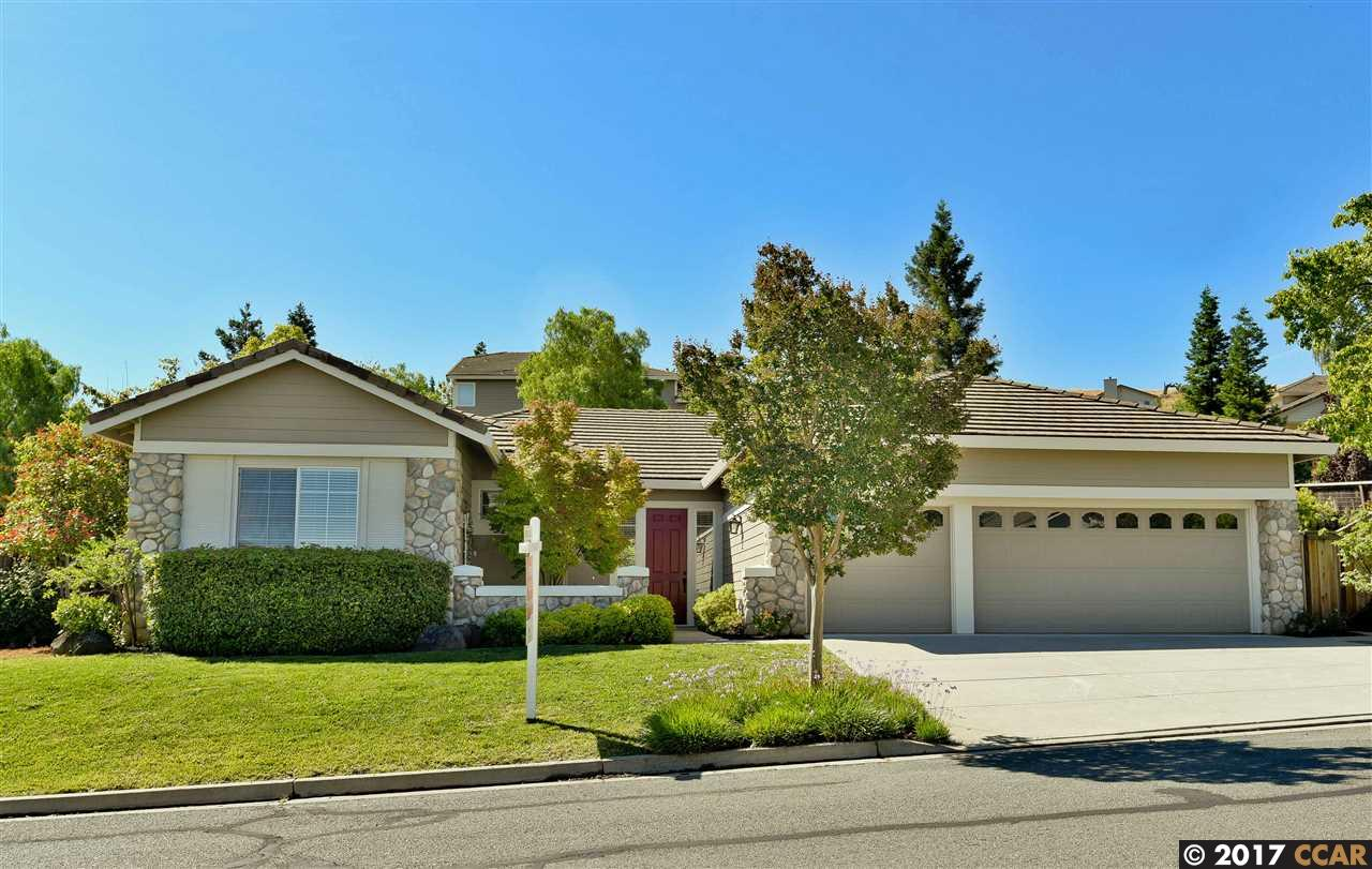 Single Family Home for Sale at 8007 Kelok Way Clayton, California 94517 United States