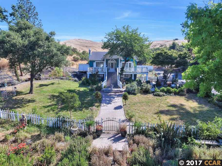 Single Family Home for Sale at 26776 Palomares Road Castro Valley, California 94552 United States