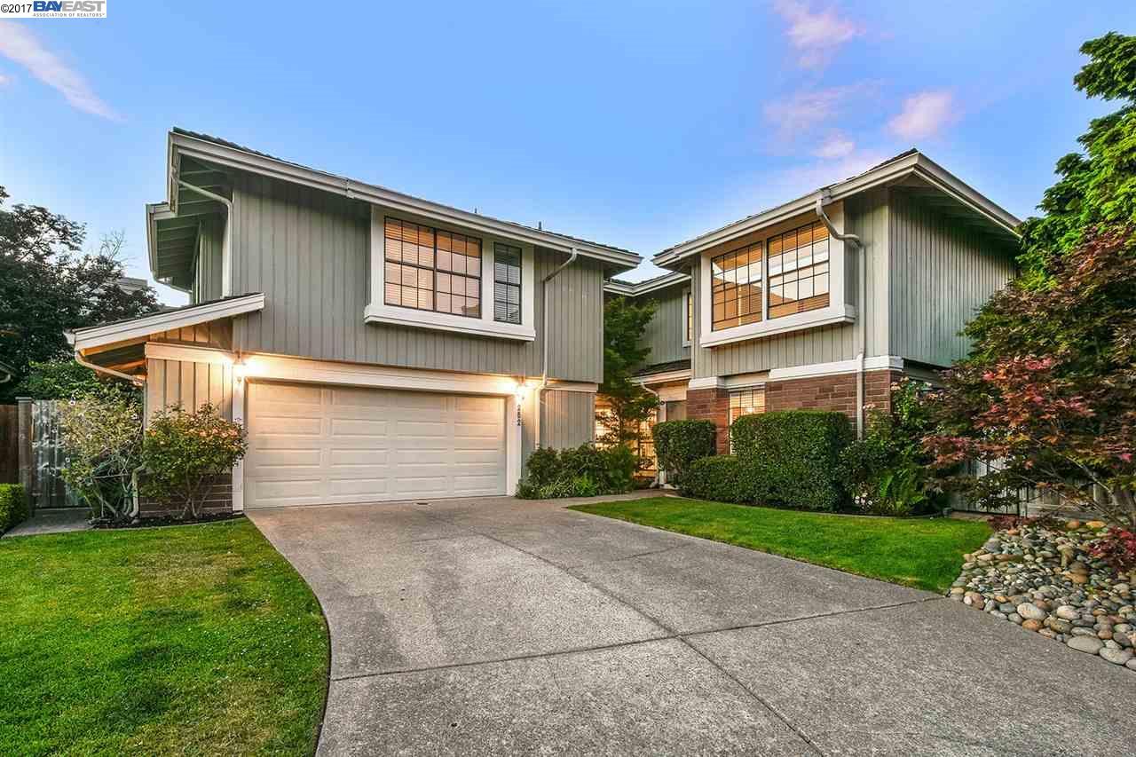 Einfamilienhaus für Verkauf beim 252 Oyster Pond Road Alameda, Kalifornien 94502 Vereinigte Staaten
