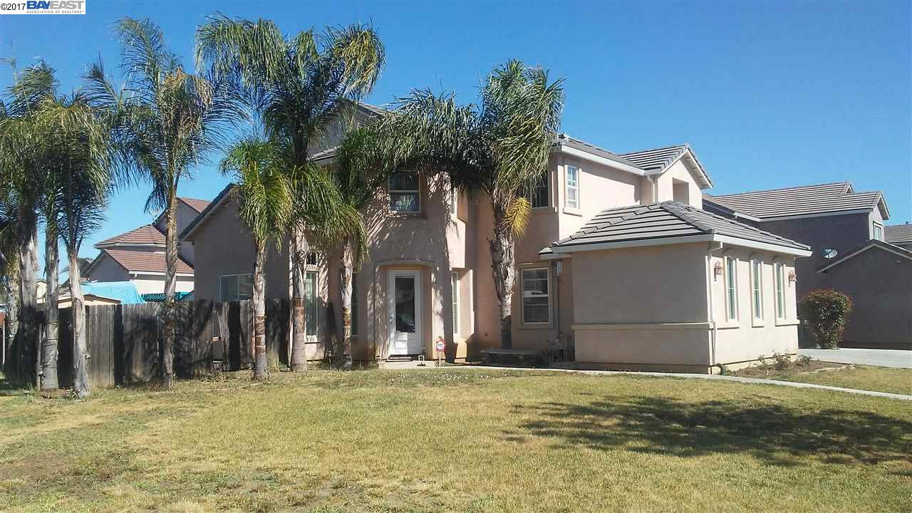 Single Family Home for Sale at 413 Creekside Drive 413 Creekside Drive Patterson, California 95363 United States