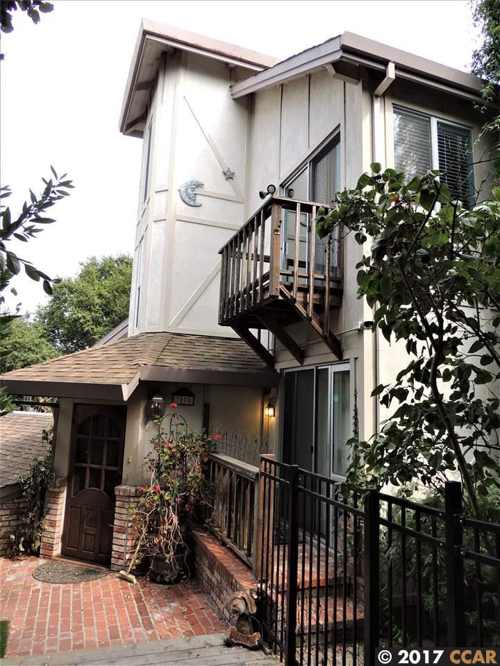واحد منزل الأسرة للـ Sale في 7070 Monte Verde Road El Sobrante, California 94803 United States