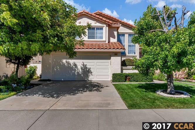 واحد منزل الأسرة للـ Sale في 360 Rapallo Lane Bay Point, California 94565 United States