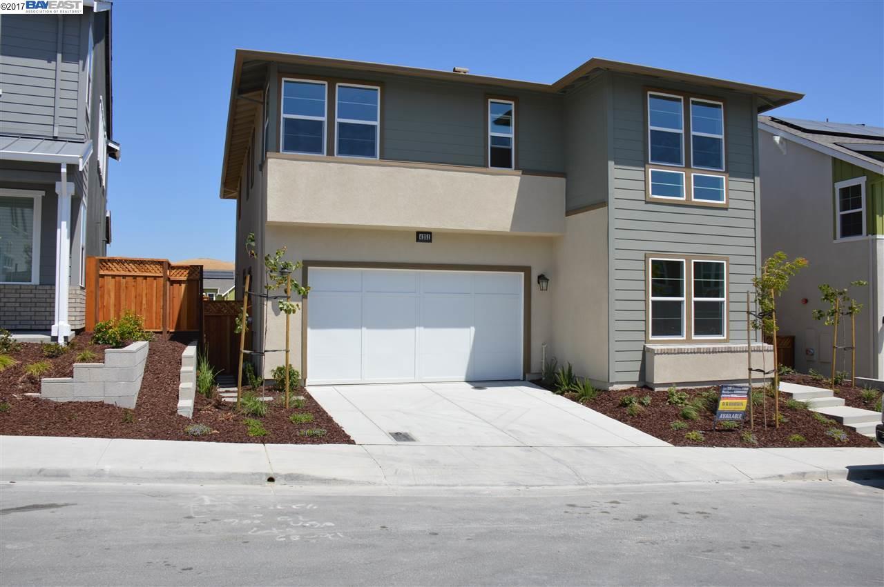 Частный односемейный дом для того Продажа на 4251 Oak Knoll Drive Dublin, Калифорния 94568 Соединенные Штаты