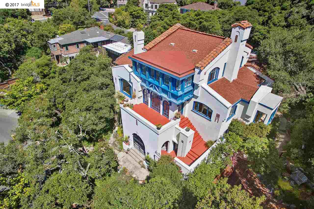 Casa Unifamiliar por un Venta en 1936 Thousand Oaks Blvd Berkeley, California 94707 Estados Unidos