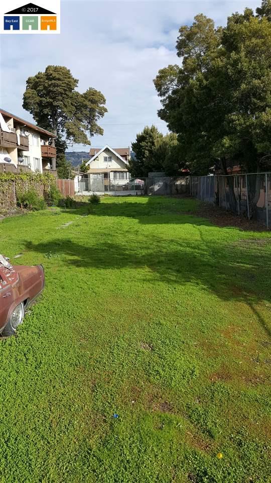 Single Family Home for Sale at 5948 Hilton Street 5948 Hilton Street Oakland, California 94605 United States