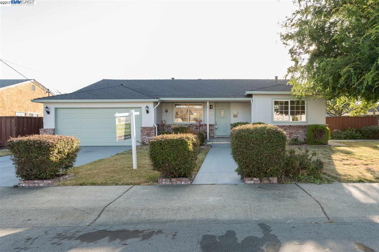 17237 Via Frances, SAN LORENZO, CA 94580