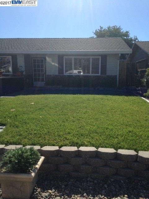 واحد منزل الأسرة للـ Sale في 1741 El Paseo Drive Woodland, California 95695 United States