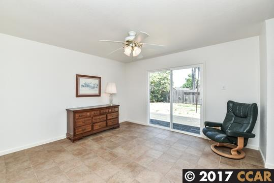 Additional photo for property listing at 1711 TEAKWOOD Drive 1711 TEAKWOOD Drive Martinez, Californie 94553 États-Unis