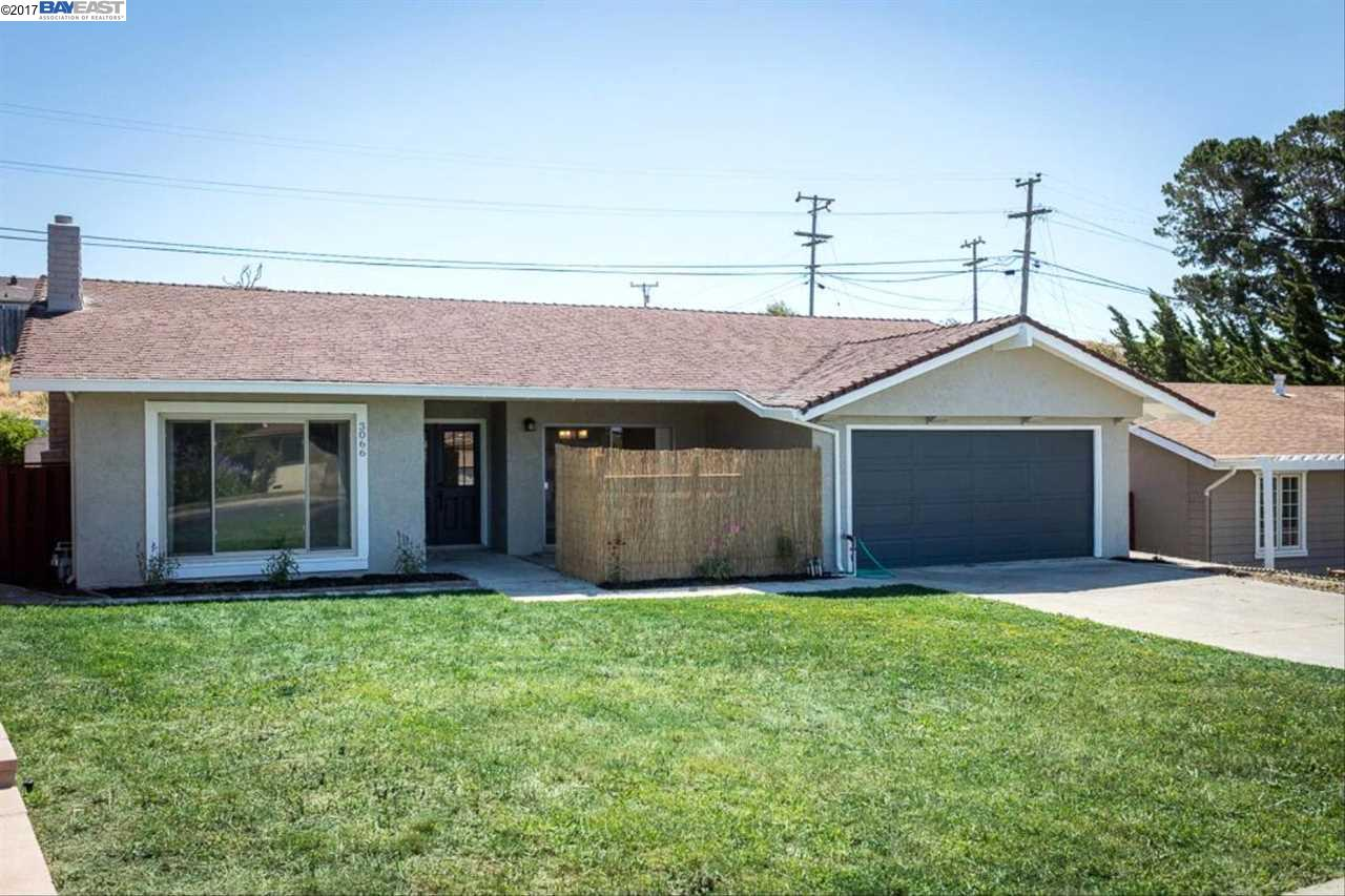 Casa Unifamiliar por un Venta en 3066 Belfast Way Richmond, California 94806 Estados Unidos