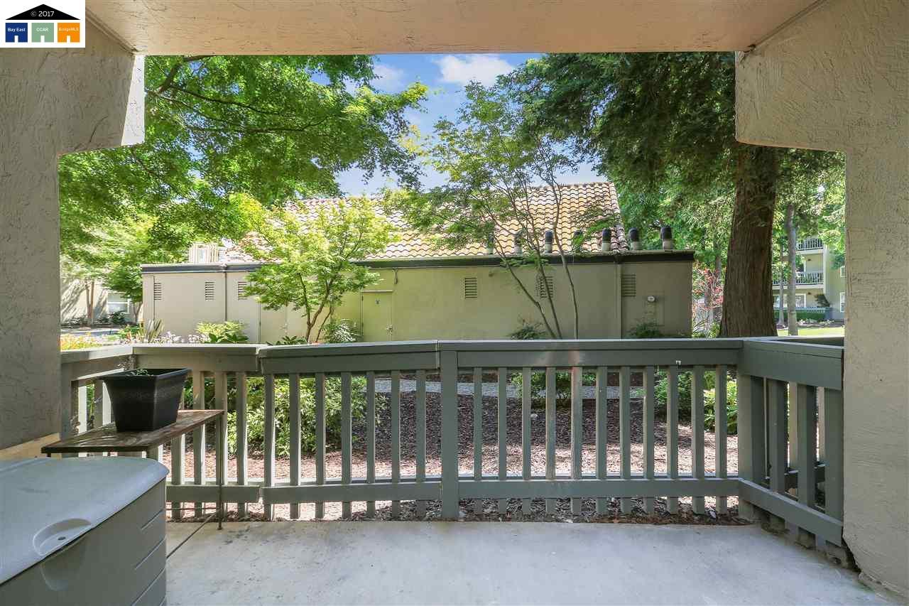 Additional photo for property listing at 1087 Murrieta Blvd  Livermore, Калифорния 94550 Соединенные Штаты