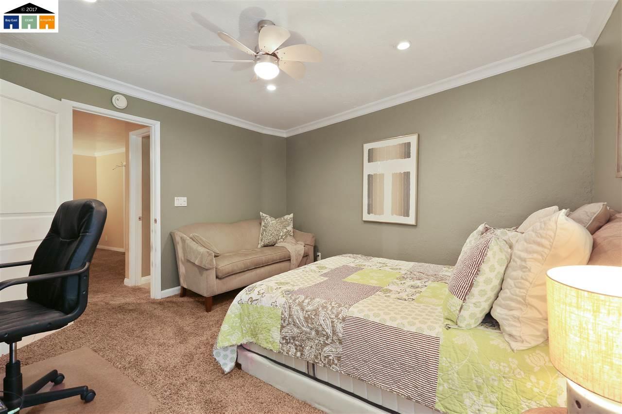 Additional photo for property listing at 1087 Murrieta Blvd  Livermore, California 94550 Estados Unidos