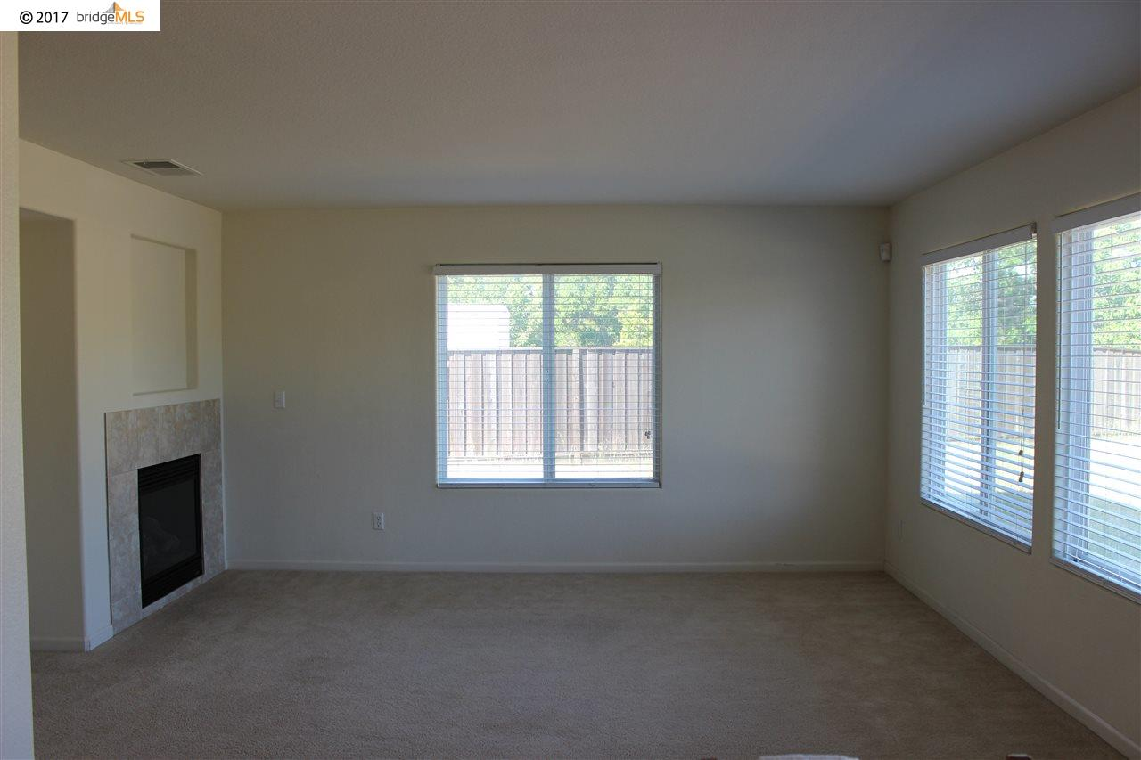 Additional photo for property listing at 1778 BRIANNA Avenue 1778 BRIANNA Avenue Olivehurst, California 95961 United States