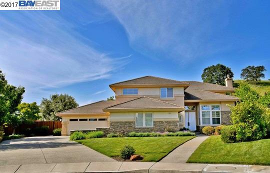 Maison unifamiliale pour l à louer à 909 Bentley Oak Court San Ramon, Californie 94582 États-Unis