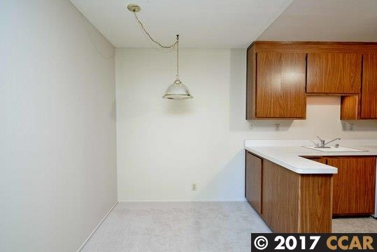 Additional photo for property listing at 1305 Boulevard Way  Walnut Creek, カリフォルニア 94595 アメリカ合衆国