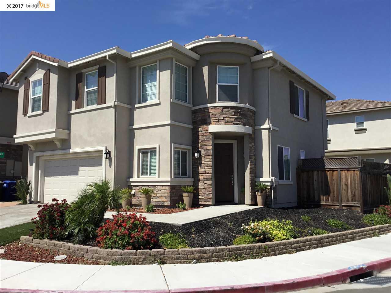 獨棟家庭住宅 為 出售 在 1679 Roma Drive Pittsburg, 加利福尼亞州 94565 美國