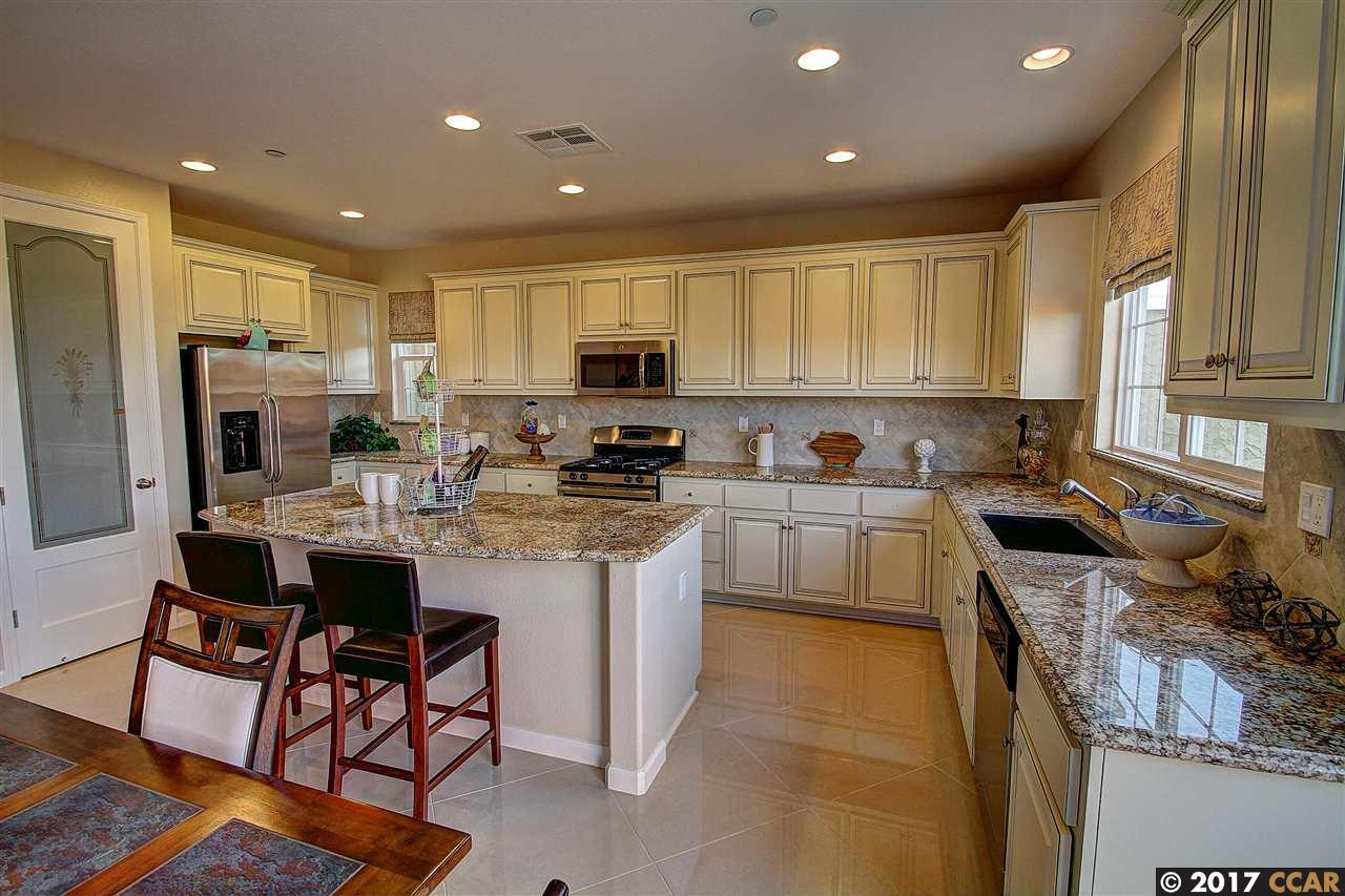 Additional photo for property listing at 124 Fresco Court 124 Fresco Court Brentwood, California 94513 United States