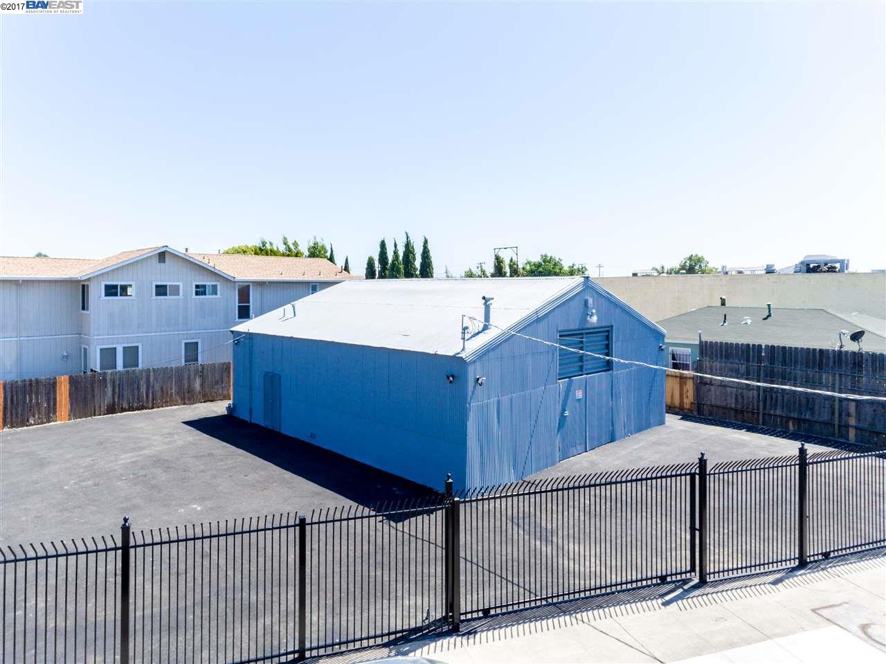 990 87th Ave, OAKLAND, CA 94621