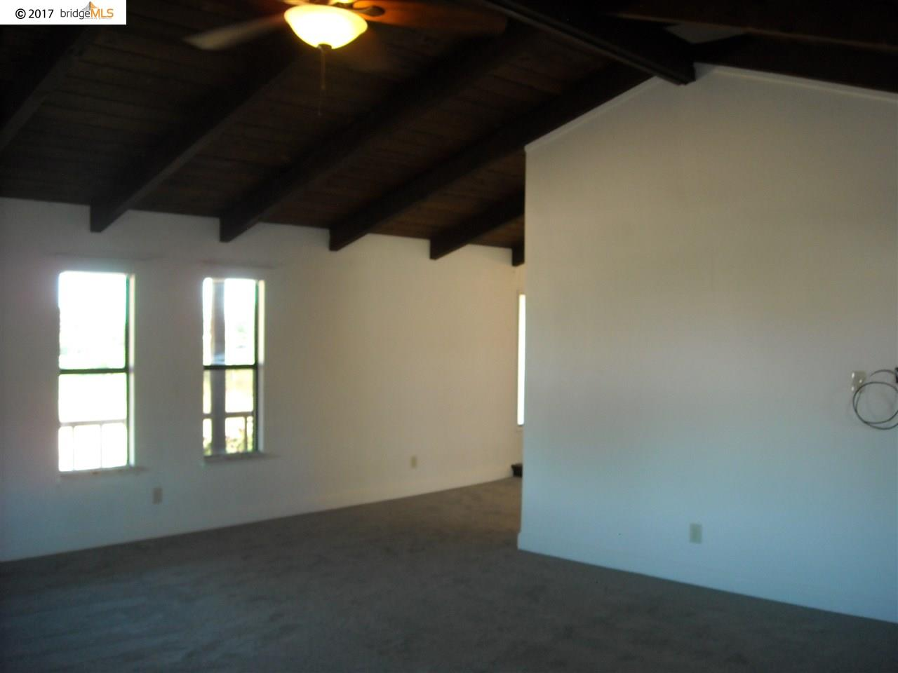 Additional photo for property listing at 3801 Daniel Drive 3801 Daniel Drive Oakley, カリフォルニア 94561 アメリカ合衆国