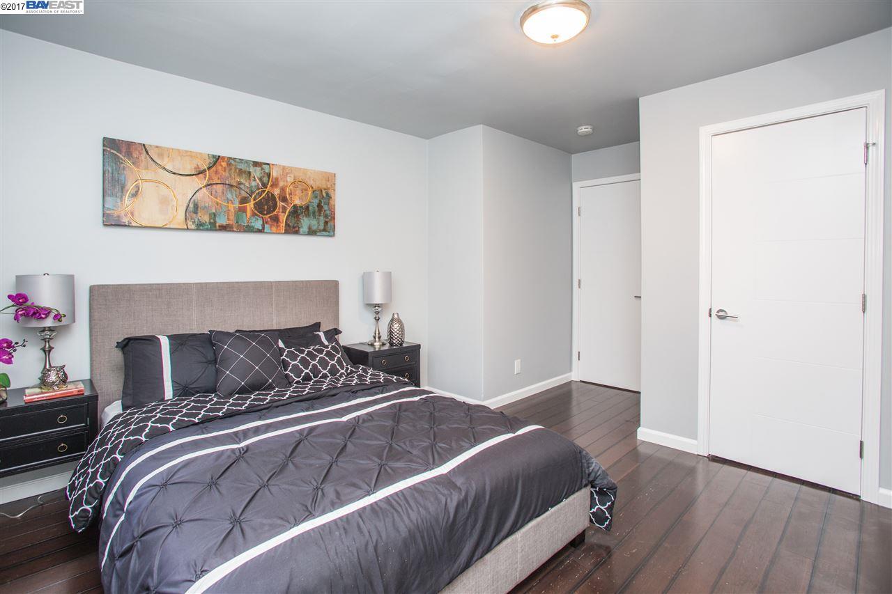 Additional photo for property listing at 10 Moss Avenue  Oakland, Калифорния 94610 Соединенные Штаты