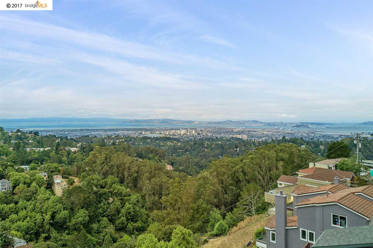 Additional photo for property listing at 7021 Elverton Drive  Oakland, California 94611 United States