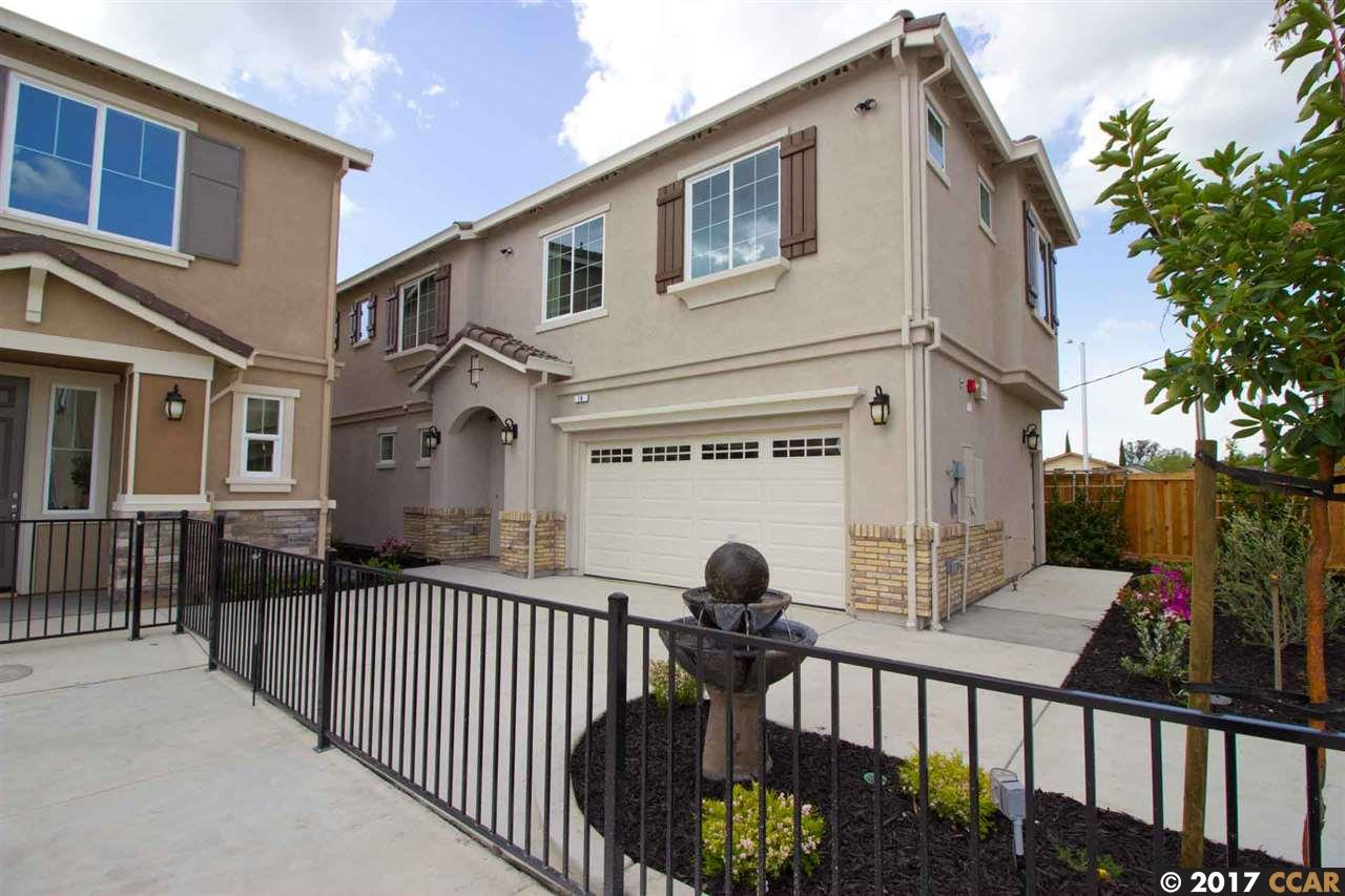 Additional photo for property listing at 82 Belle Harbor Circle  Pittsburg, Californie 94565 États-Unis